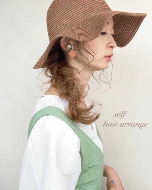 セルフ ヘアアレンジ 帽子アレンジ
