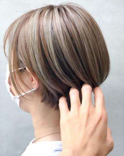 代官山美容室 ハイライト得意 カラー似合わせ ショートヘア