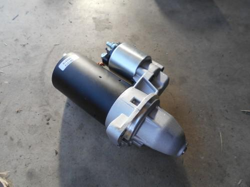 ボルボ240スターターモーター不調でリビルト品に取替